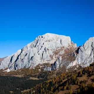 Il Monte Peralba domina la Val Sesis