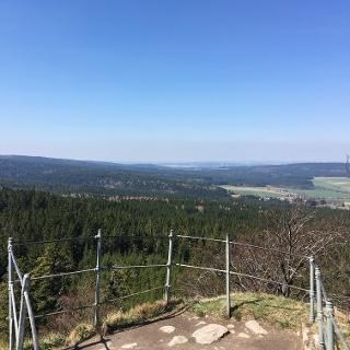 Ausblick vom Aussichtsfelsen am Rudolfstein