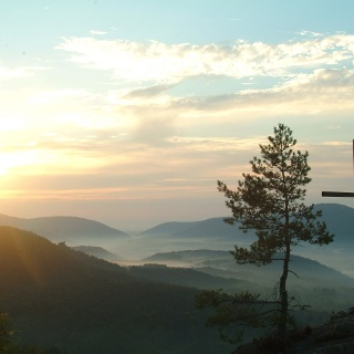 Sonnenaufgang Rötzenfelsen