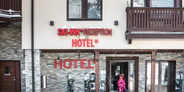 Ski-Inn Hotel RukaVillage reception in Ruka Ski Resort