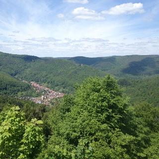 Blick von der Neuscharfeneck auf Ramberg