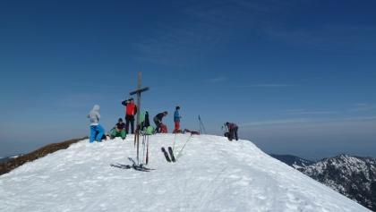 Am Gipfel des Schönkahler (1688 m) im Winter