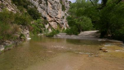 Furt über die l'Ouvèze am Gorges d'Ubrieux