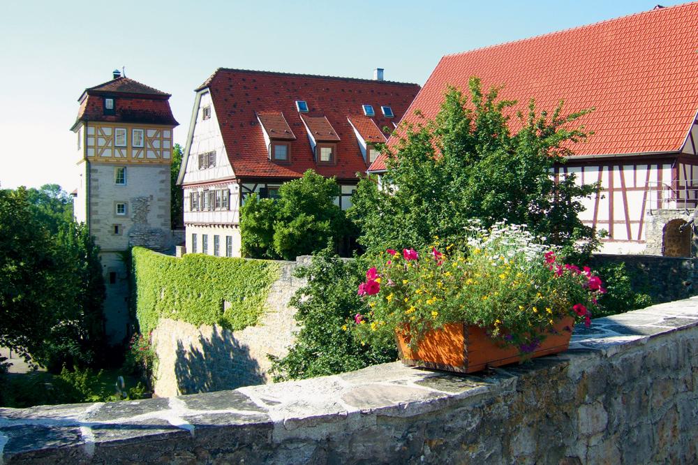 Vellberg mit Stadtturm und -mauer  - @ Autor: Dr. Konrad Lechner  - © Quelle: Hohenlohe + Schwäbisch Hall Tourismus e.V.