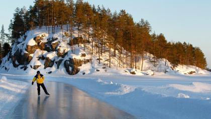Eislaufen auf dem Saimaa-See