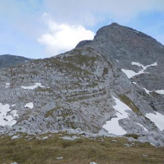 Blick vom Widerlechnerstein auf den SO-Grat des Warschenecks