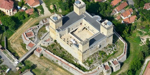 A Diósgyőri vár légifotója