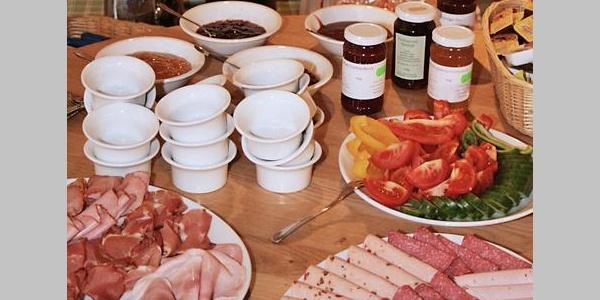 Frühstücksbuffet Hofmarkt Zapf