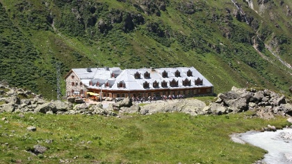 Die Jamtalhütte