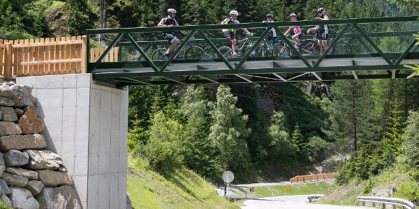 Ötztal Radweg (Überführung bei Aschbach)