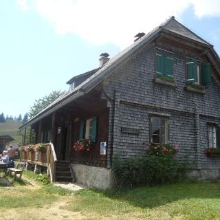 Schrottalm-Hütte_Außenansicht