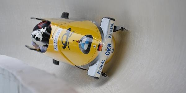 Bob im Eiskanal - Rennschlitten- und Bobbahn