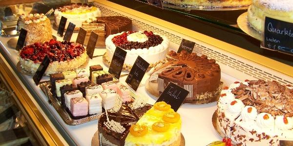 Kuchenbufett im Café Rotter