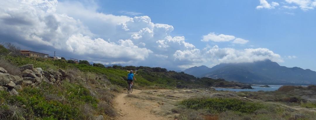 Wunderbare Küstenlandschaft Korsikas