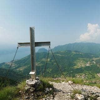 Dalvra Alta mit Gipfelkreuz