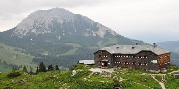 Geschafft- Hofpürglhütte mit Rötelstein