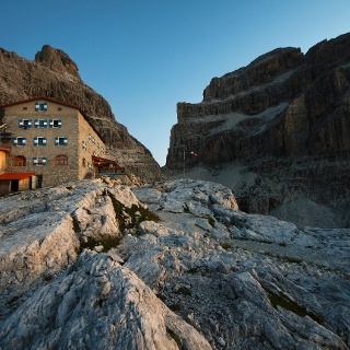 Hütte Pedrotti und Brenta Dolomiten
