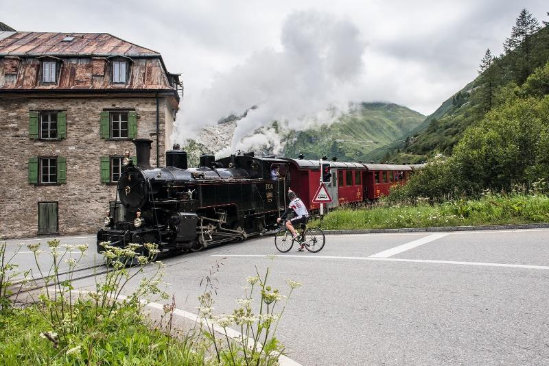 Furka-Dampfbahn in Gletsch