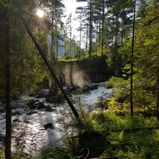 Glorious evening mood along Small Riesach Waterfall Tour