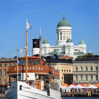 M/S J. L. Runeberg in front of the Helsinki Market Square