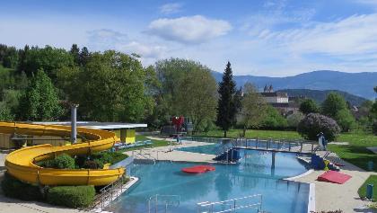 Rutsche im St. Pauler Erlebnisschwimmbad