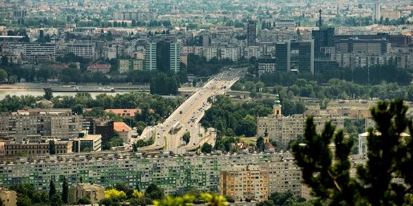 Az Árpád híd a Kőtarajról