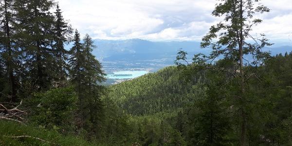 Blick zurück auf den Faaker See