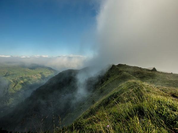 Heinzenberg Ridge Hike