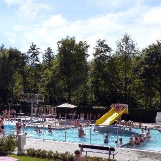 Waldschwimmbad Bad Wünnenberg, Freibad