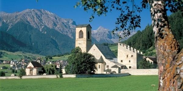 Benediktinerinnen-Kloster St. Johann Müstair