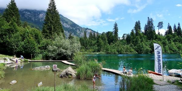 Gasthaus und Naturbad Crestasee.