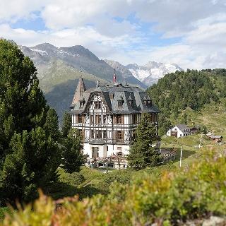 Villa Cassel, Riederfurka