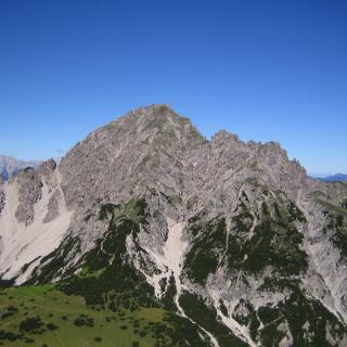 Die Erlspitze vom Großen Solstein aus gesehen