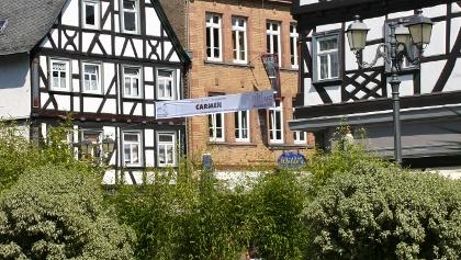 Schillerplatz a