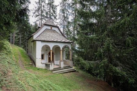 Eingang Kapelle Ernerwald