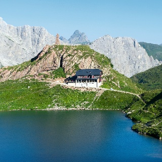 Der Wolayersee, Naturjuwel in den Karnischen Alpen