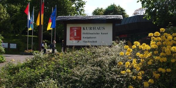 Start der Tour - Kurhaus Manderscheid_Vulkaneifel-Pfade: Manderscheider Burgenstieg