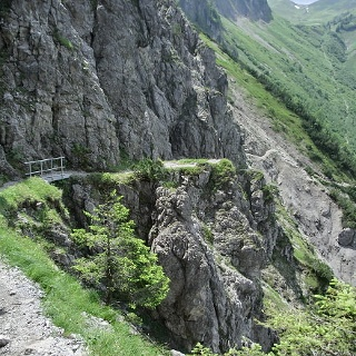 On the way to the Schrofenpass