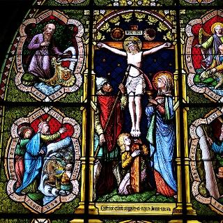 Glasfenster in der Stiftskirche von Romont.