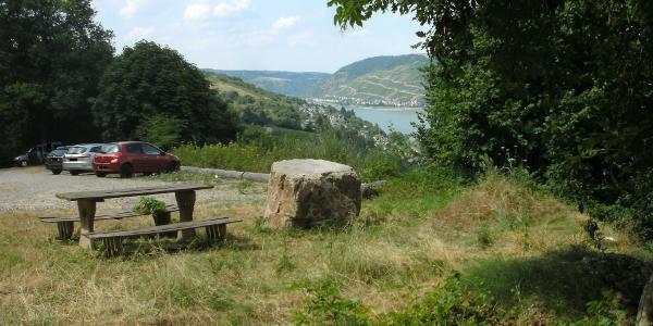 Aussichtspunkt Waldparkplatz Heine-Gedenk-Stein Niederheimbach