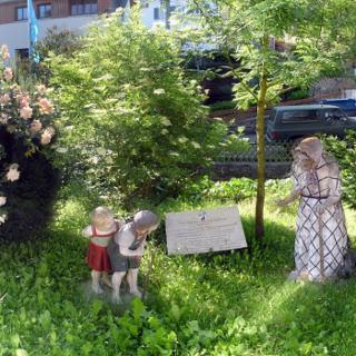 Blick auf erste Märchenfigurstation