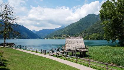Palafitta sul lago