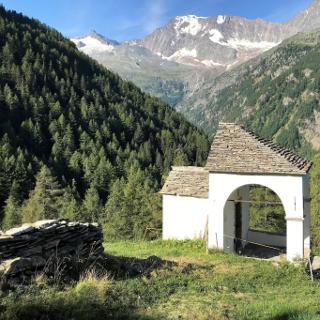 Wegkapelle Feerberg, Blick ins Laggintal