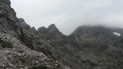 Spusagang, oben links Bergsteiger an der Spitze.