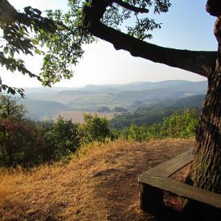 Morgenblick am Großer Drachenstein zum Inselberg