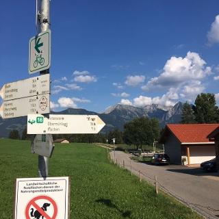 Wegweiser Richtung Hirtenstein / Obermühlegg