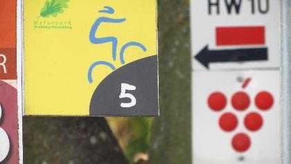 Wegweiser Route 5