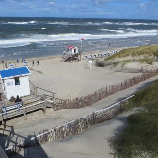 Strand bei Flut und 6BFT