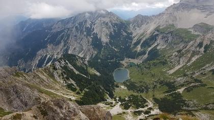 Blick von der Schöttelkarspitze (2.050 m) zum Soiernsee