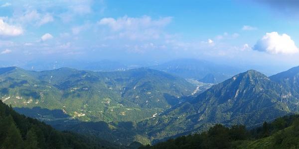 Vista poco dopo aver raggiunto la dorsale-cresta del Monte Fontana Secca.